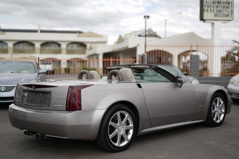Cadillac XLR 2005 price $11,900 Cash