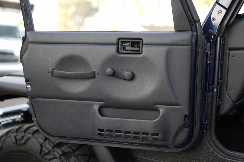 Jeep Wrangler 2006 price $24,900 Cash