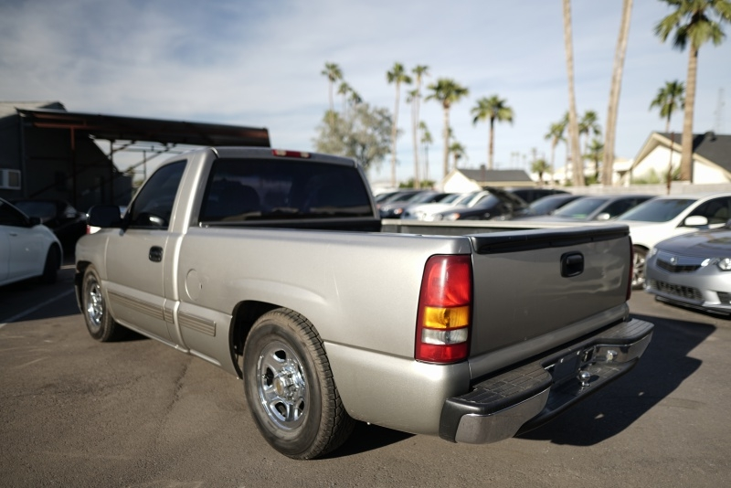 Chevrolet Silverado 1500 2000 price $5,900 Cash