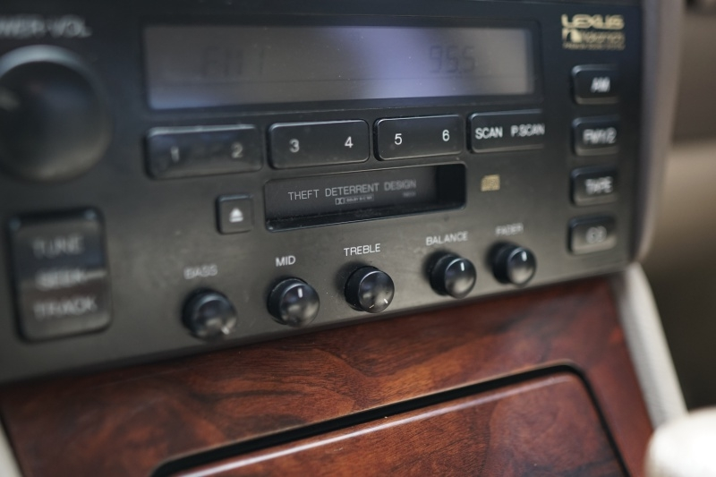 Lexus LS400 1995 price $3,400 Cash