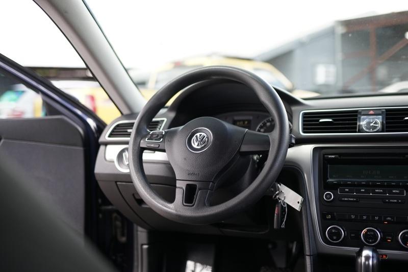 Volkswagen Passat 2012 price $6,900 Cash