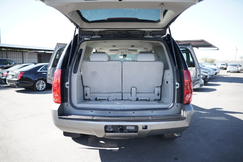 GMC Yukon 2007 price $13,900 Cash