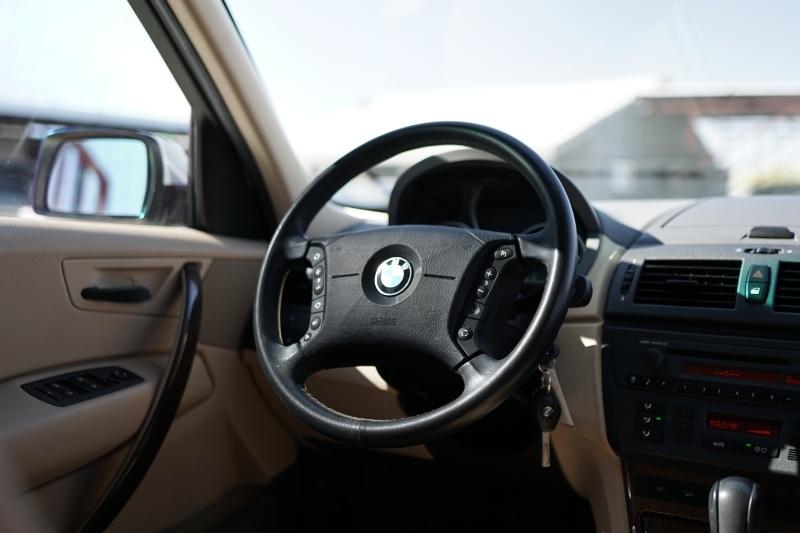 BMW X3 2004 price $6,900 Cash