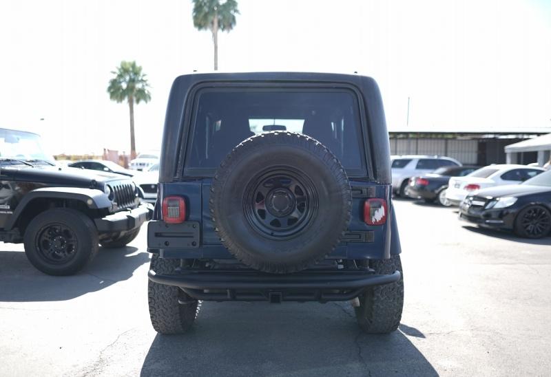 Jeep Wrangler 2005 price $13,900 Cash