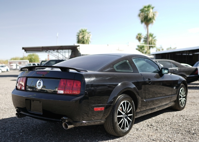 Ford Mustang 2007 price $9,900 Cash