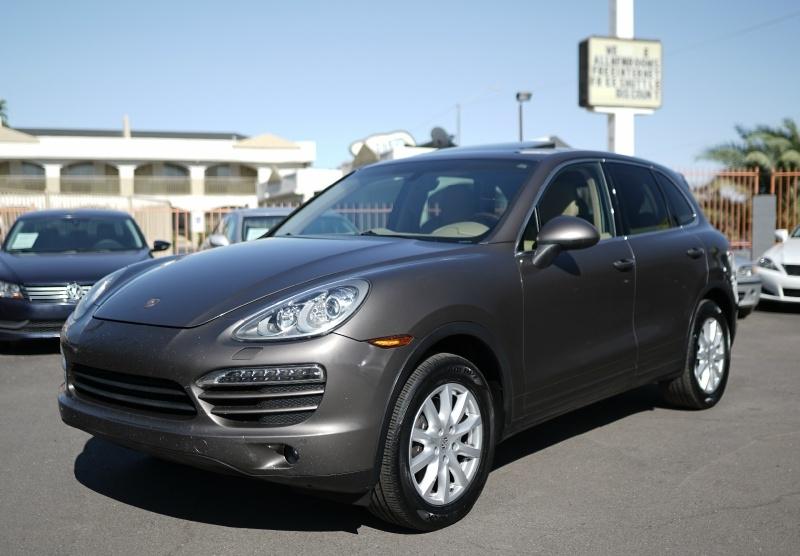 Porsche Cayenne 2012 price $14,900 Cash