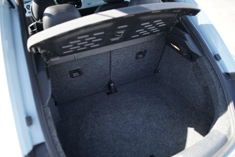 Volkswagen Beetle 2012 price $7,900 Cash
