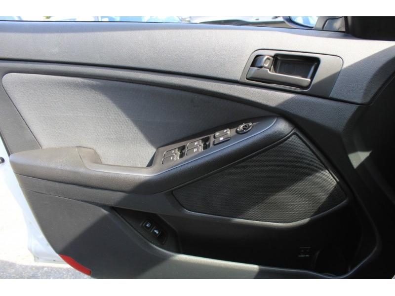 Kia Optima 2013 price $8,889