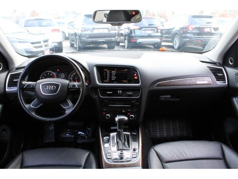 Audi Q5 2016 price $35,889