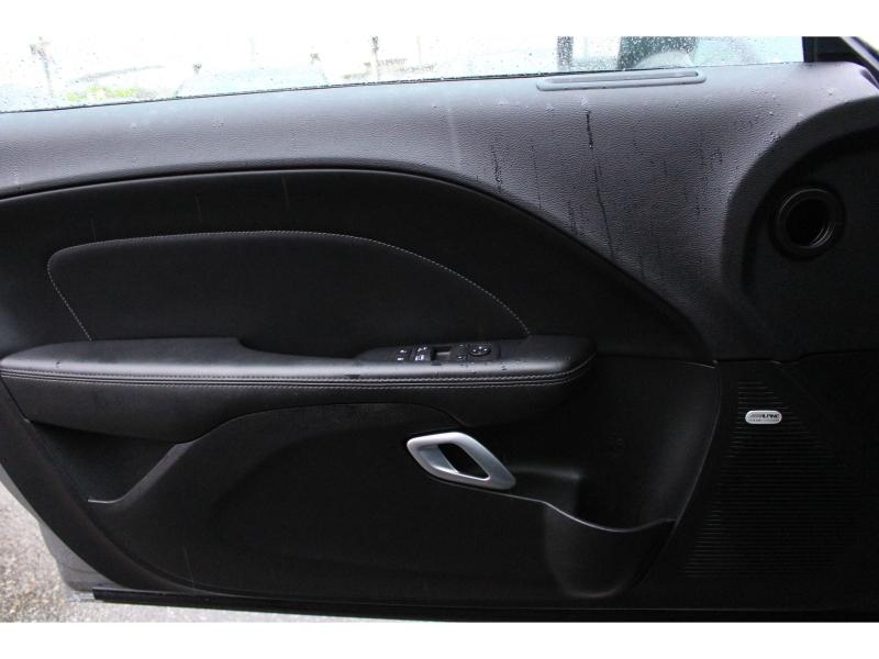 Dodge Challenger 2019 price $35,889