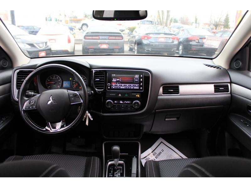 Mitsubishi Outlander 2018 price $24,889