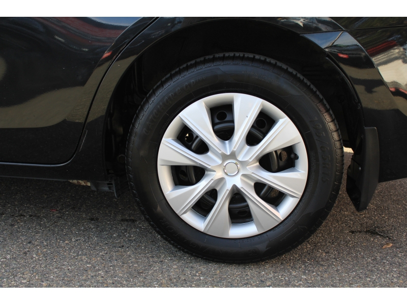 Toyota Corolla 2016 price $15,889