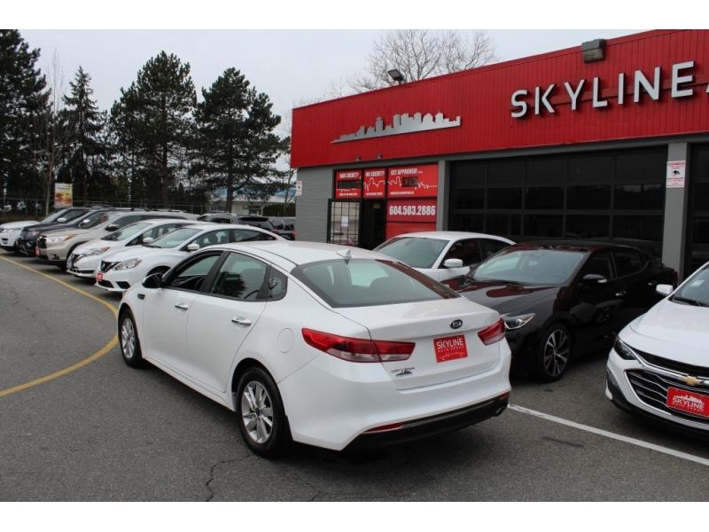 Kia Optima 2018 price $15,889