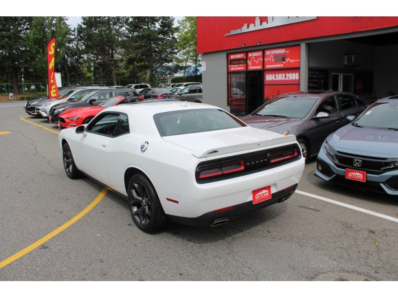 Dodge Challenger 2019 price $38,889