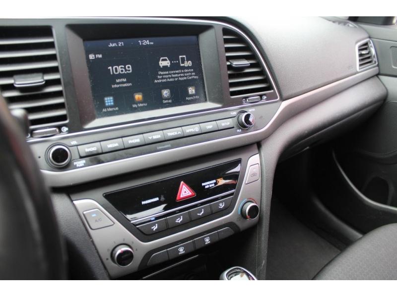 Hyundai Elantra 2018 price $16,889
