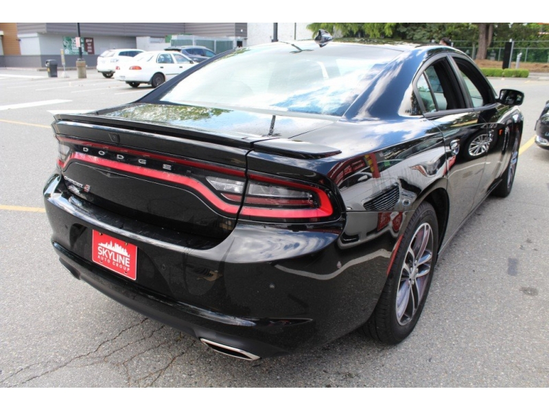 Dodge Charger 2019 price $33,889