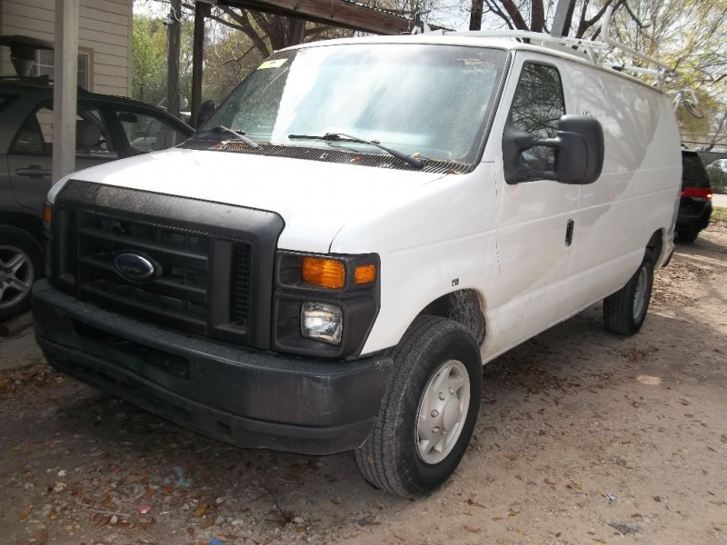 Ford Econoline Cargo Van 2009 price $3,500 Down
