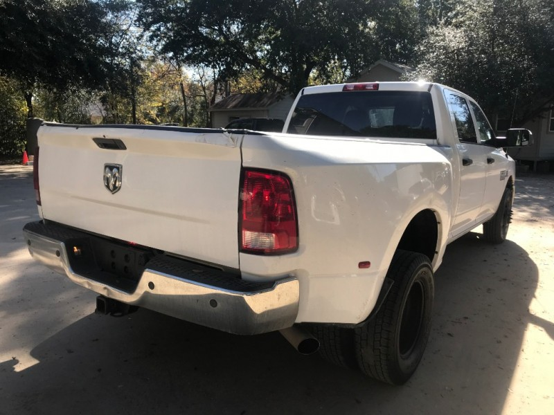 RAM 3500 2014 price $5,000 Down