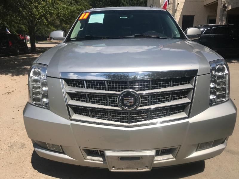 Cadillac Escalade ESV 2011 price $5,000 Down