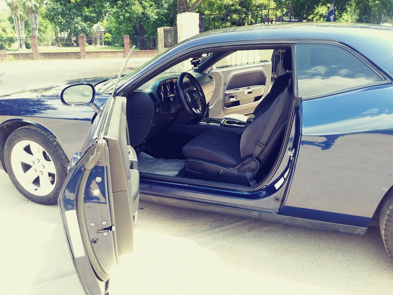Dodge Challenger 2014 price $3,500 Down
