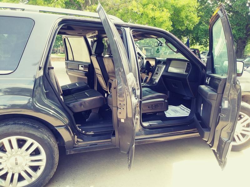 Lincoln Navigator 2007 price $1,500 Down