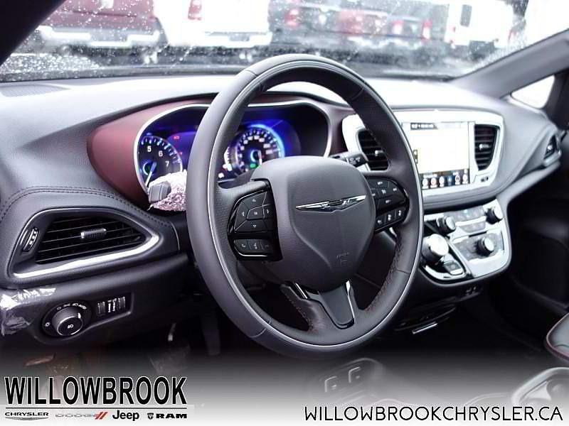 Chrysler Pacifica 2020 price $0