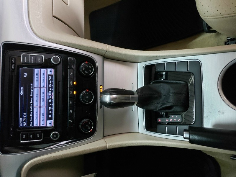 Volkswagen Passat 2013 price $9,400