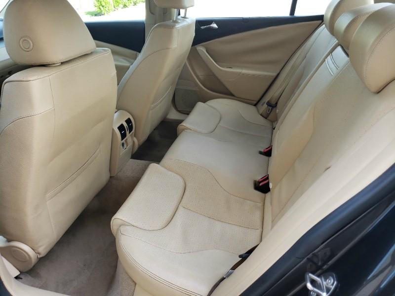 Volkswagen Passat Sedan 2008 price $4,400