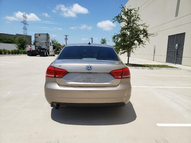 Volkswagen Passat 2015 price $8,400