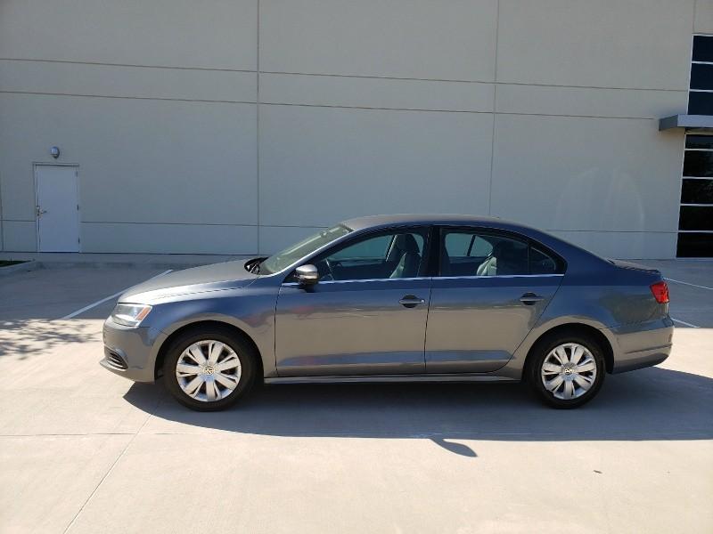 Volkswagen Jetta Sedan 2013 price $5,400