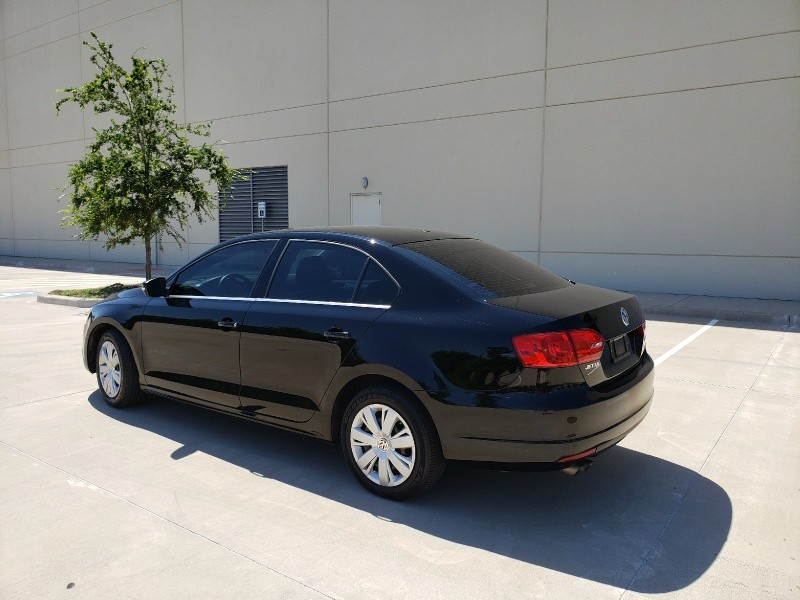 Volkswagen Jetta Sedan 2013 price $7,400