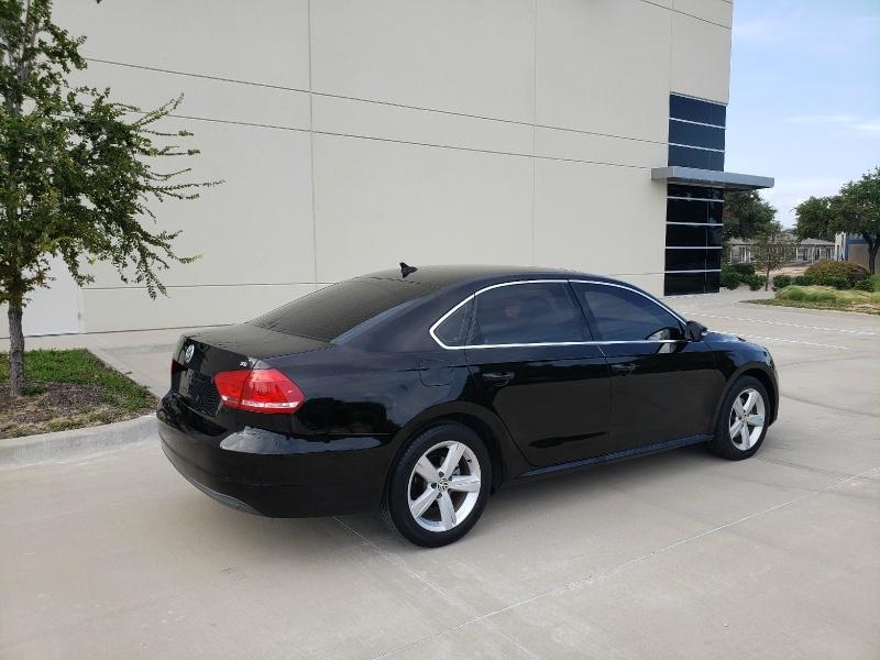 Volkswagen Passat 2013 price $6,900