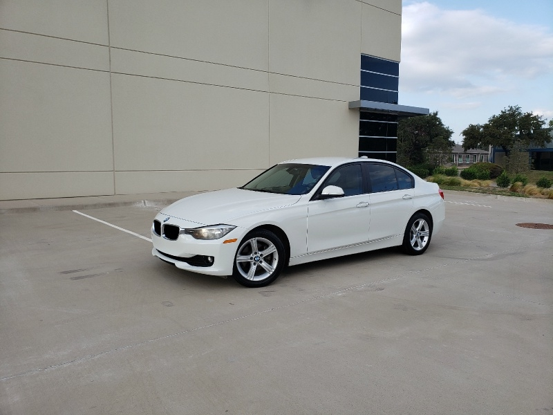 BMW 3-Series 2015 price $11,900