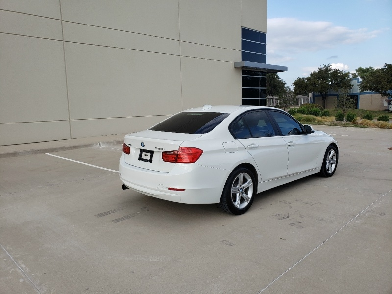 BMW 3-Series 2015 price $10,500