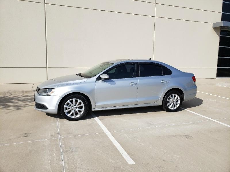 Volkswagen Jetta Sedan 2012 price $5,400