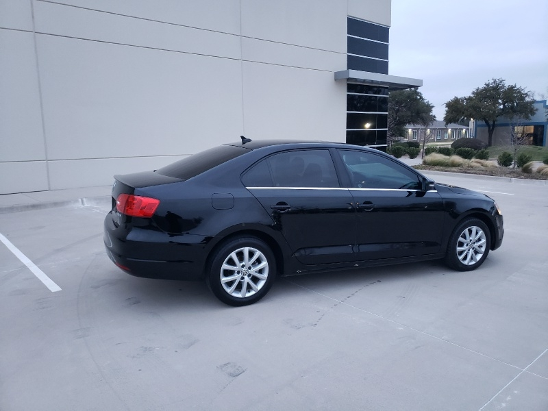 Volkswagen Jetta Sedan 2013 price $6,400