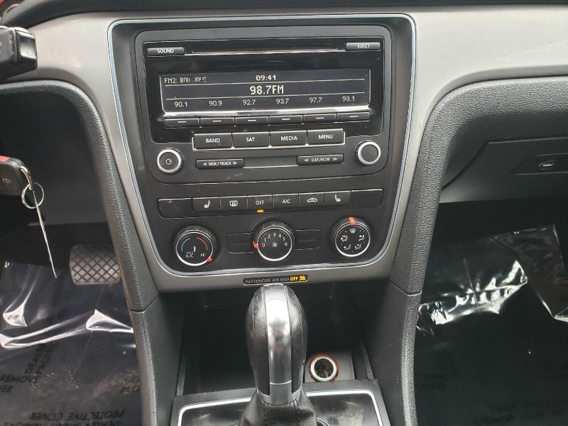 Volkswagen Passat 2014 price $5,900