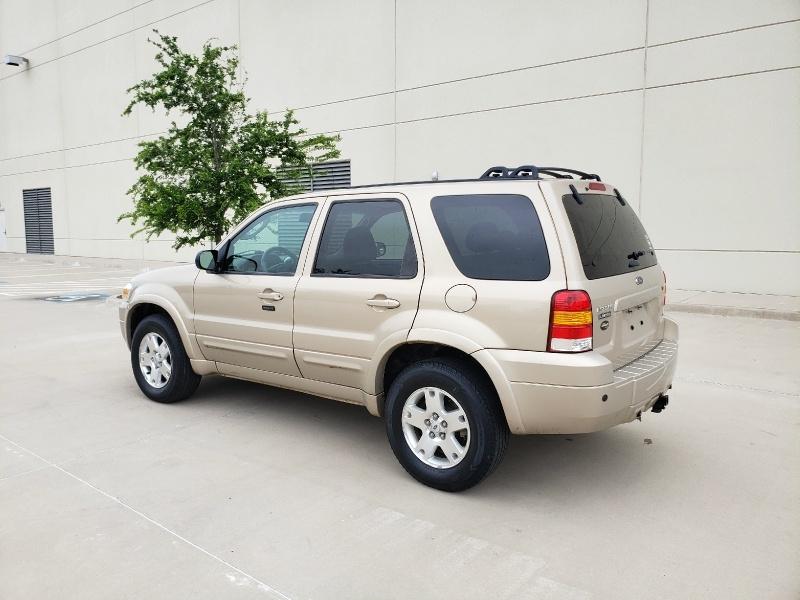 Ford Escape 2007 price $3,900