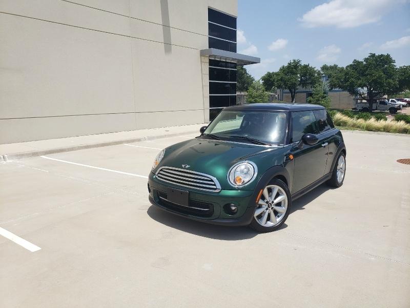 Mini Cooper Hardtop 2012 price $5,900