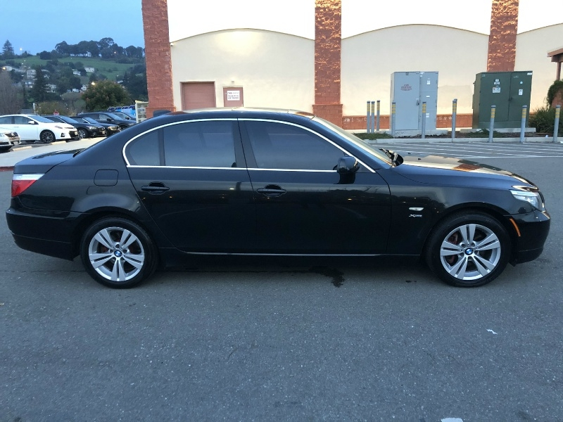 BMW 5-Series 2010 price $6,995
