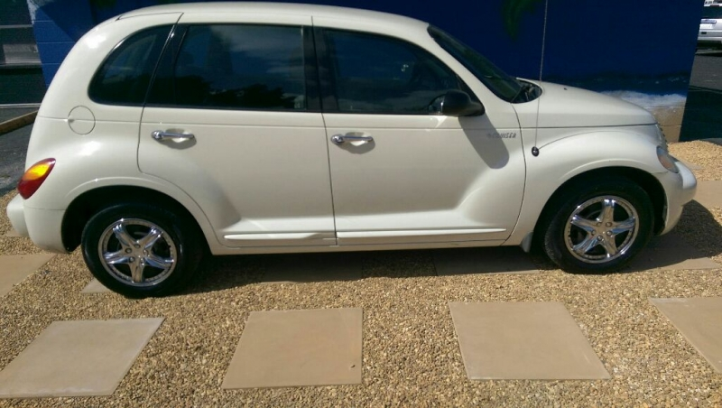 CHRYSLER PT CRUISER 2005 price $4,226
