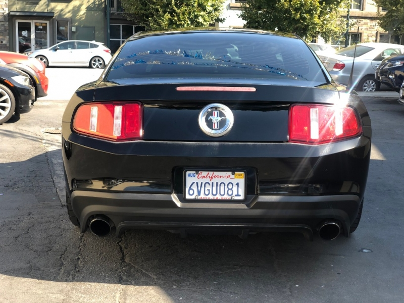 Ford Mustang 2012 price $10,975