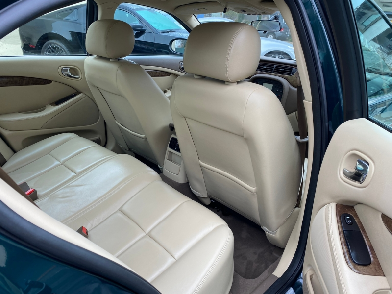 Jaguar S-TYPE 2005 price $11,975