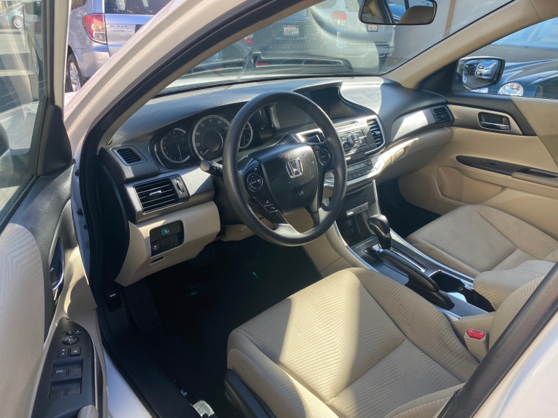 Honda Accord Sedan 2014 price $12,975