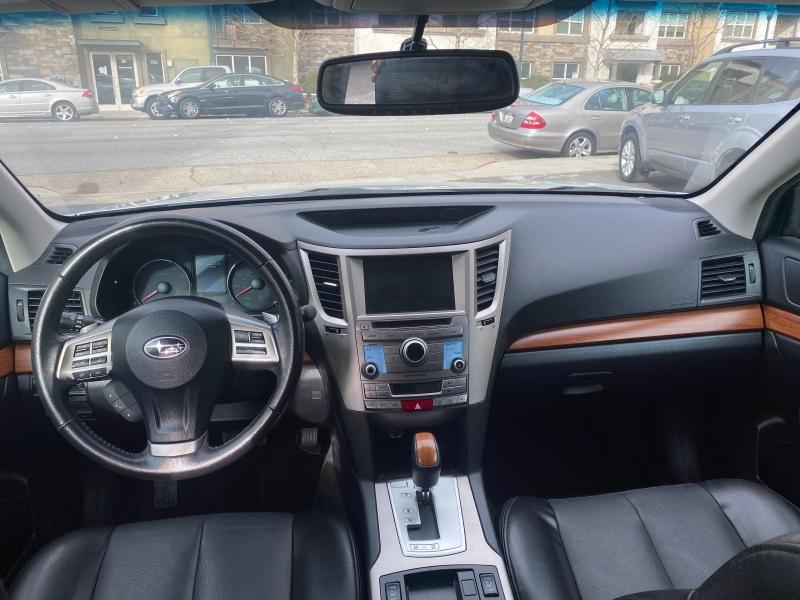 Subaru Outback 2013 price $15,975