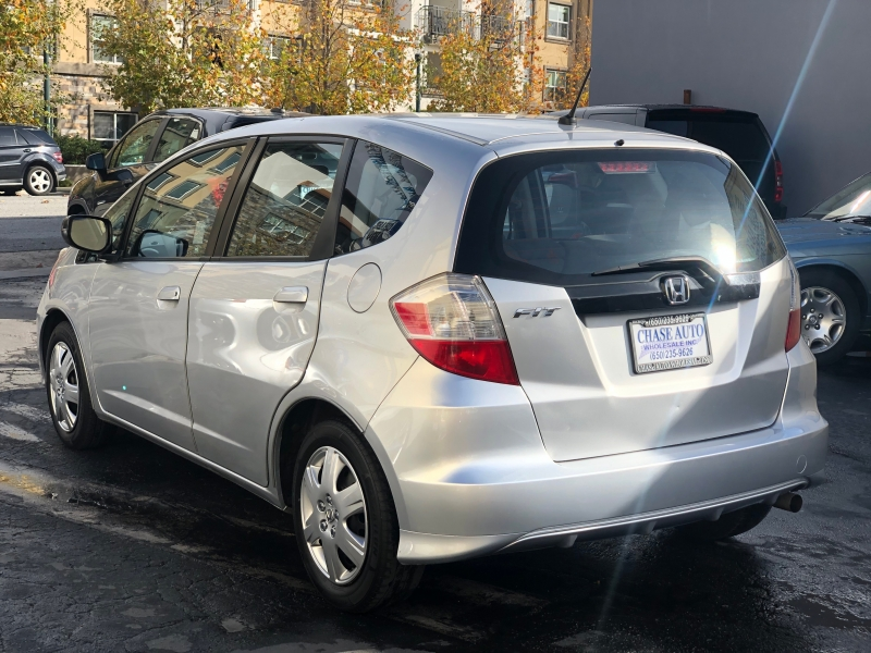 Honda Fit 2011 price $7,975