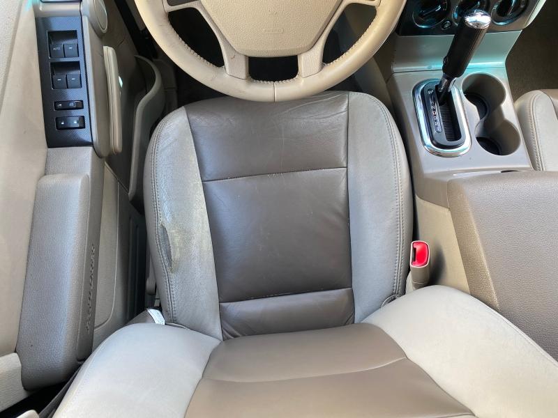 Ford Explorer 2006 price $4,975