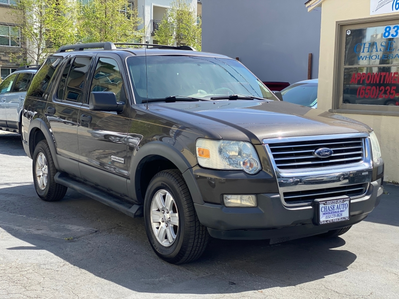 Ford Explorer 2006 price $4,975