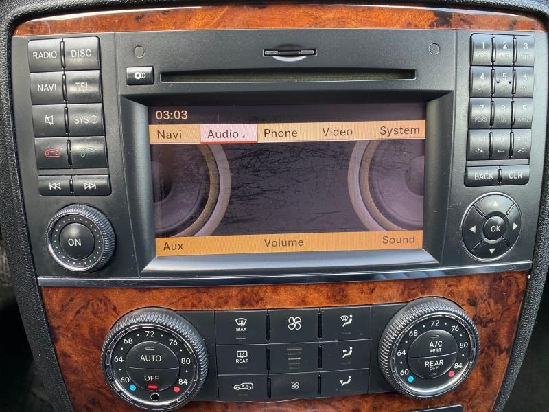 Mercedes-Benz R-Class 2010 price $9,975
