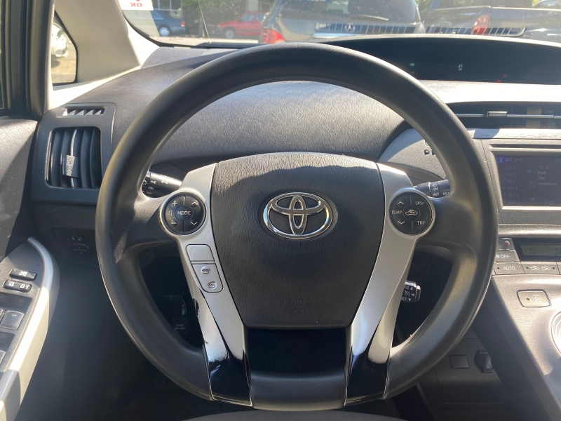 Toyota Prius 2015 price $8,975